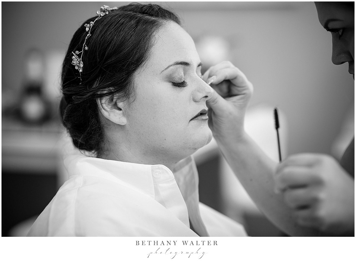 Plantation Oaks Wedding Bride Getting Ready