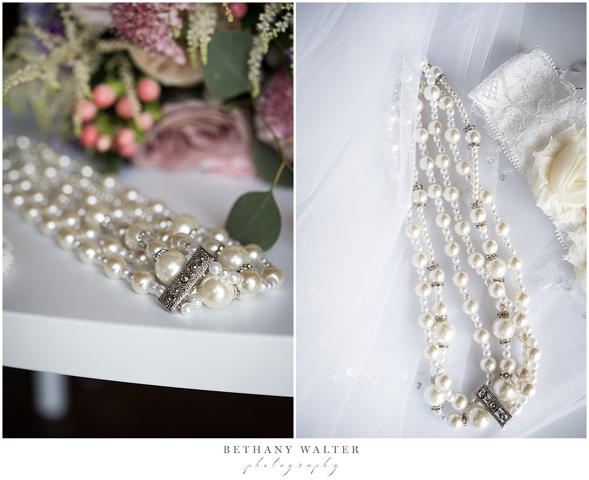 Plantation Oaks Wedding Bride's Jewelry